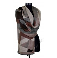 Красив шал от фина вълна