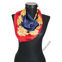 Малко шалче фишу на цветя в синьо и червено с жълти цветя