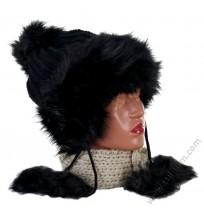 Дамска шапка с пухчета в 4 цвята