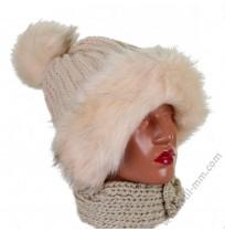 Дамска шапка с пухче в 4 цвята